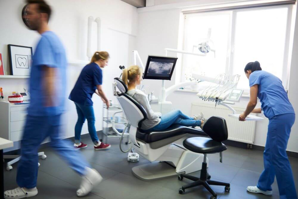 equipamentos para consultorio odontologico guia completo