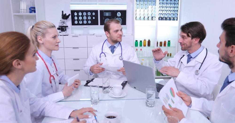 como montar clinica medica como administrar