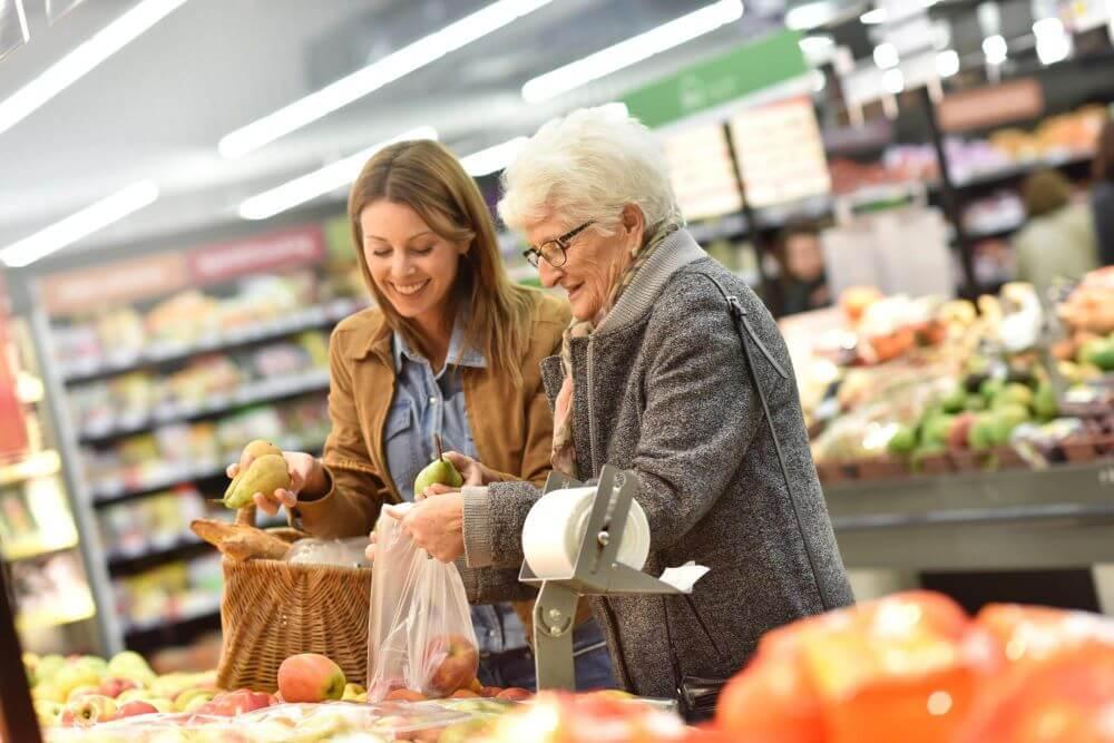 cuidados com idosos alimentacao