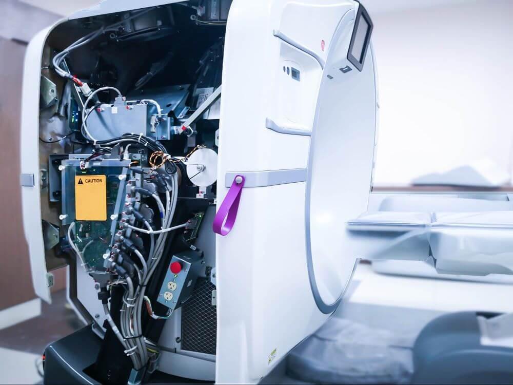 manutencao equipamentos hospitalares troca de pecas