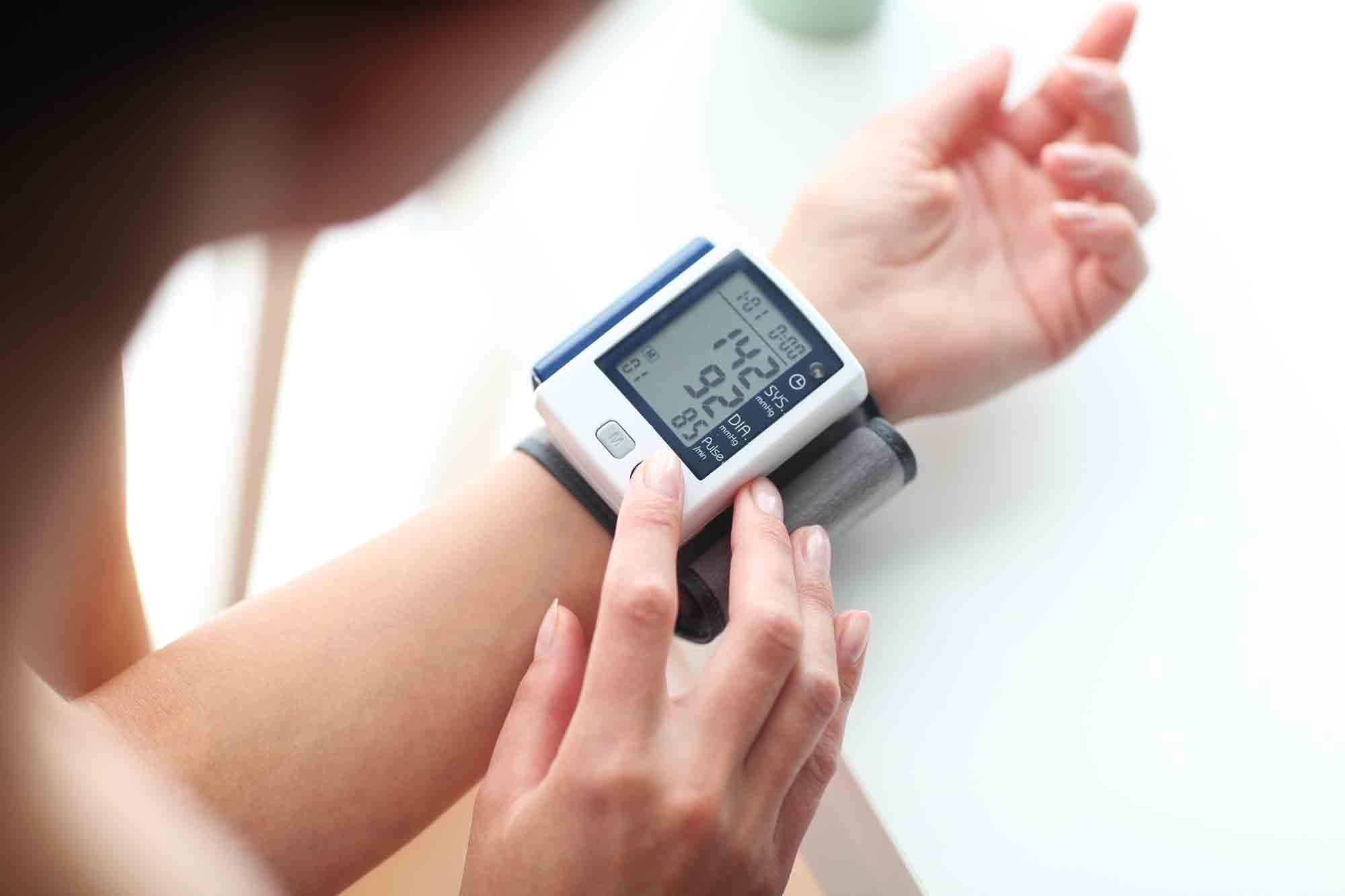 tipos aparelho pressao arterial pulso